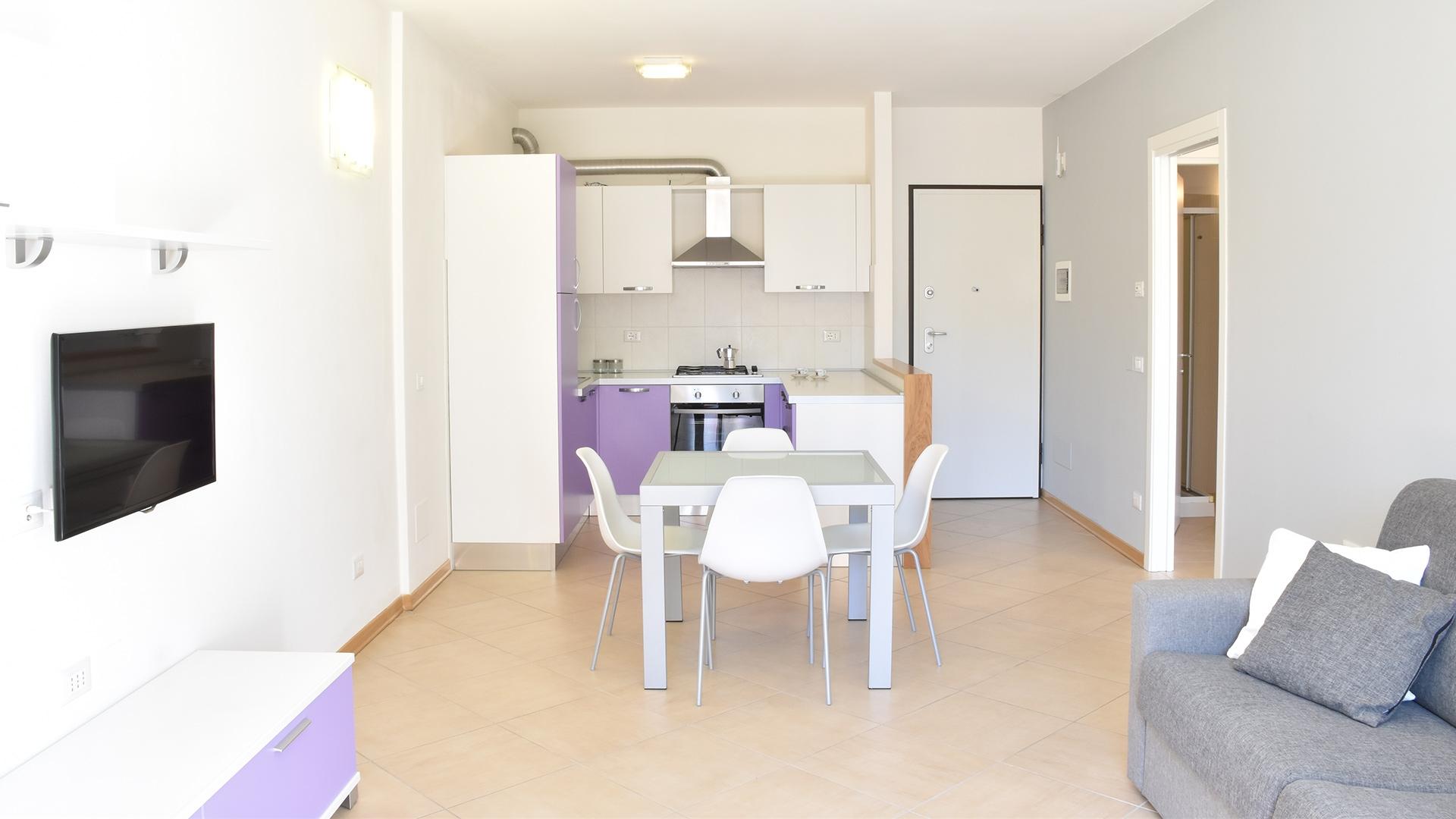 Appartamento arredato in affitto a ravenna zona centro for Affitto pontecagnano arredato